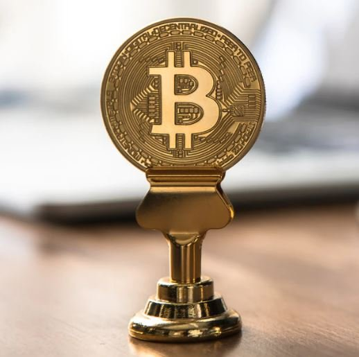 Bitcoin Reachs 200 day moving average, bull case for BTC strengthened