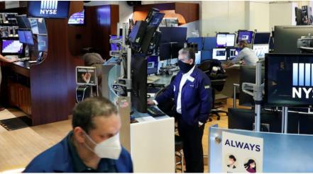 US stocks slip as coronavirus concerns remain elevated